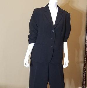 Women Business pantsuit